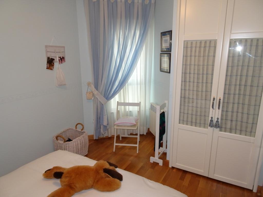 Piso de 3/4 dormitorios, Avda. de La Coruña