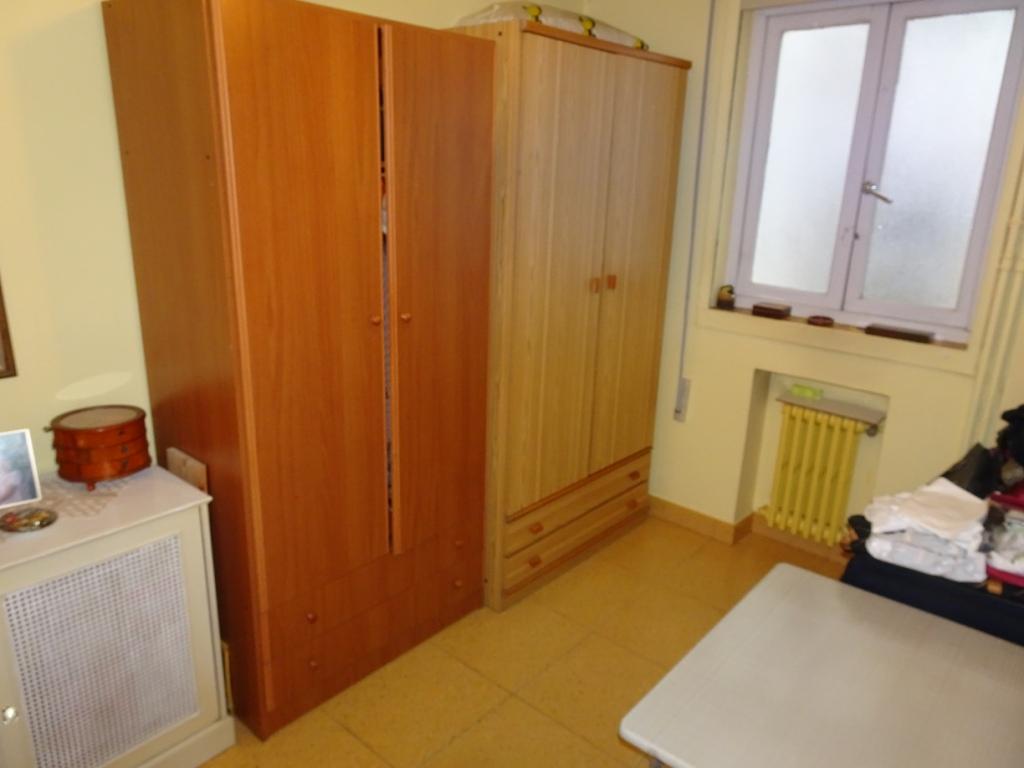 Piso de 5/6 dormitorios, Avda. de La Coruña