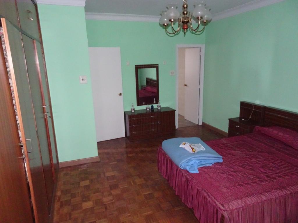 Piso de 4 dormitorios, Camiño Real