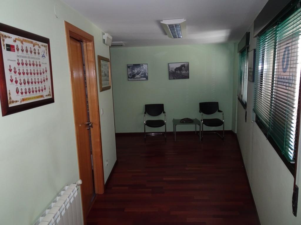 Entreplanta, Nicomedes Pastor Díaz