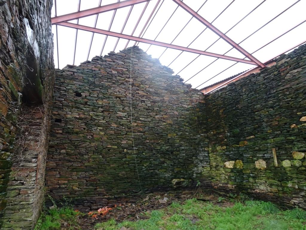 Casa de piedra, Esperante