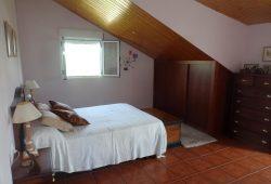 Chalet de 5/6 dormitorios, Urbanización As Regas