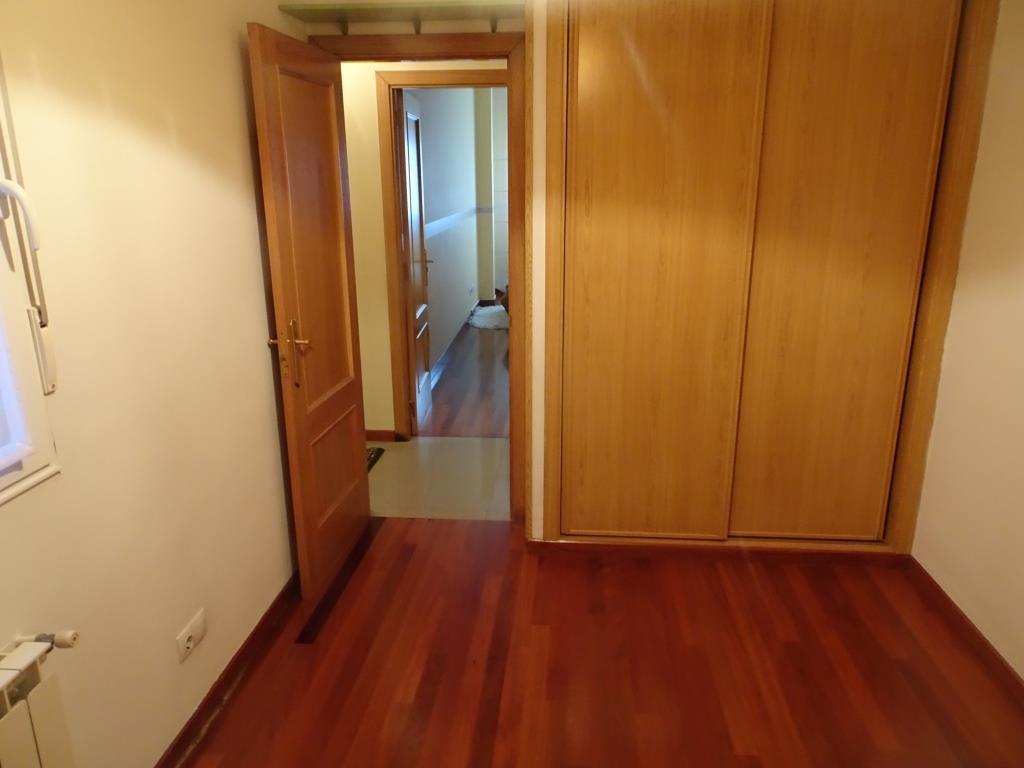 Piso de 3 dormitorios, Castiñeiro