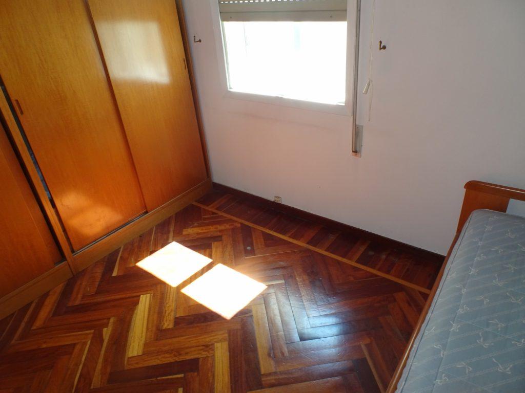 Piso de 4/5 dormitorios, Calle Guardias