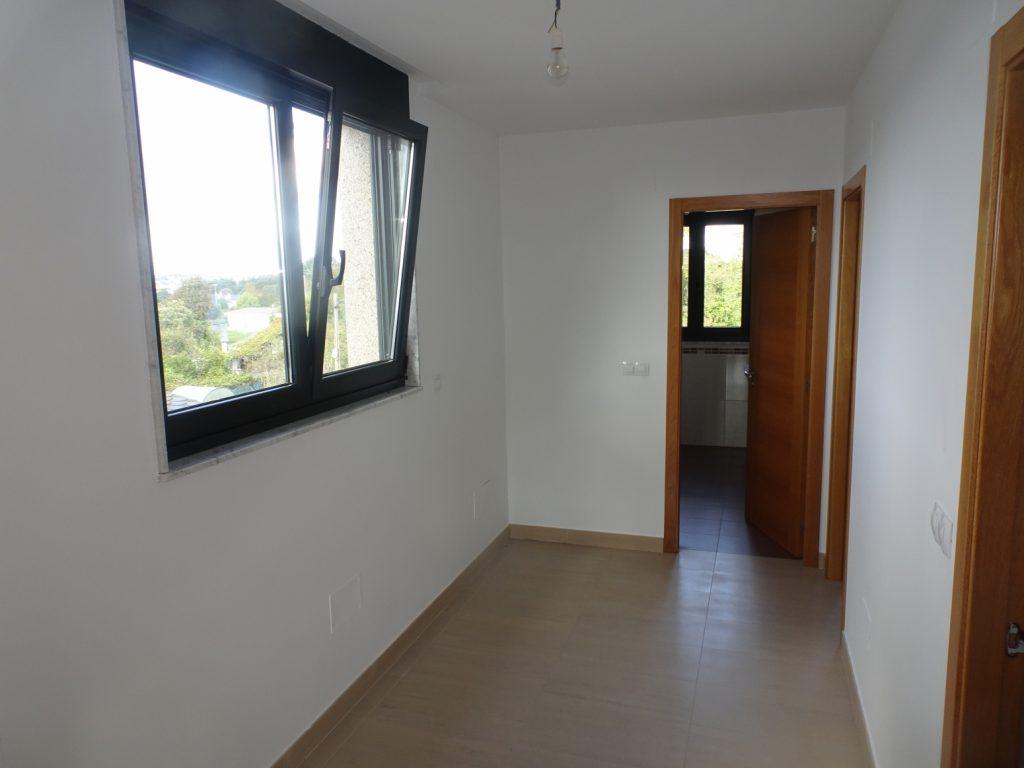 Chalet de 4 dormitorios,  A Louzaneta