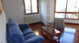 Piso de 4 dormitorios, Calle Conde