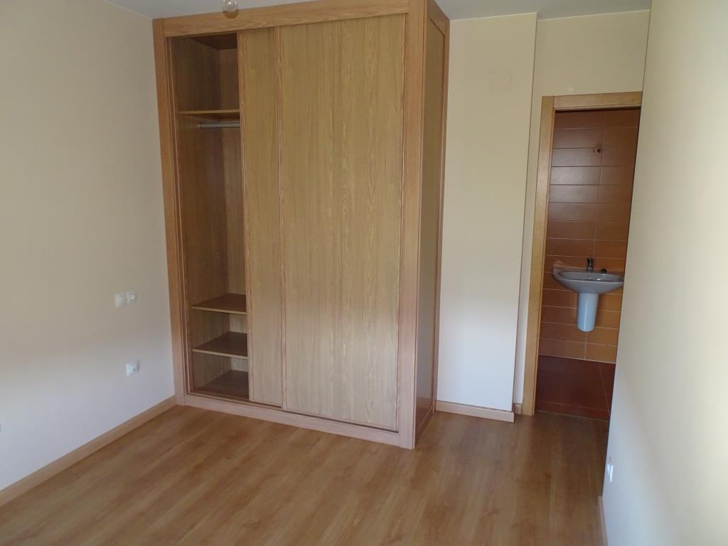 Piso de 3 dormitorios, Montirón