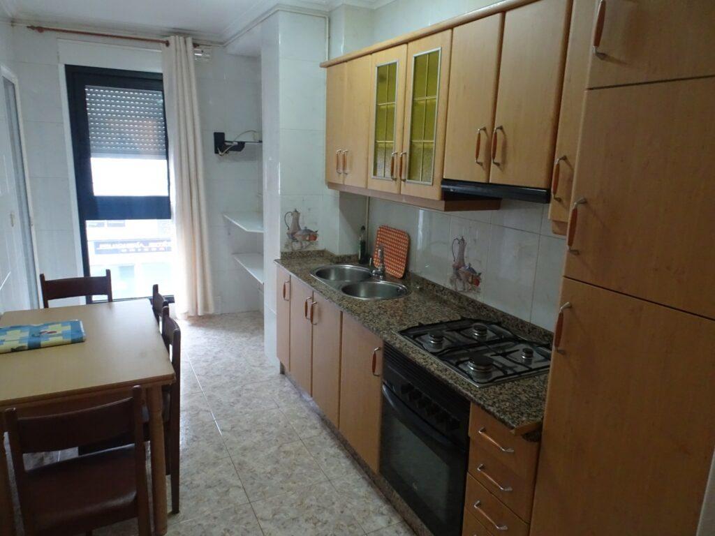 Apartamento de 2 dormitorios, Rúa Pomar