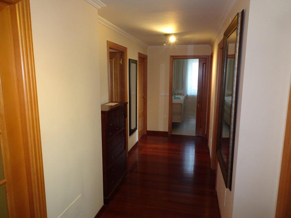 Piso de 4 dormitorios, Calle Manuel María