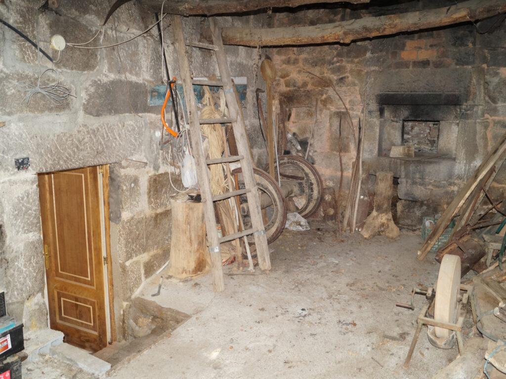 Casa de piedra, Espasande