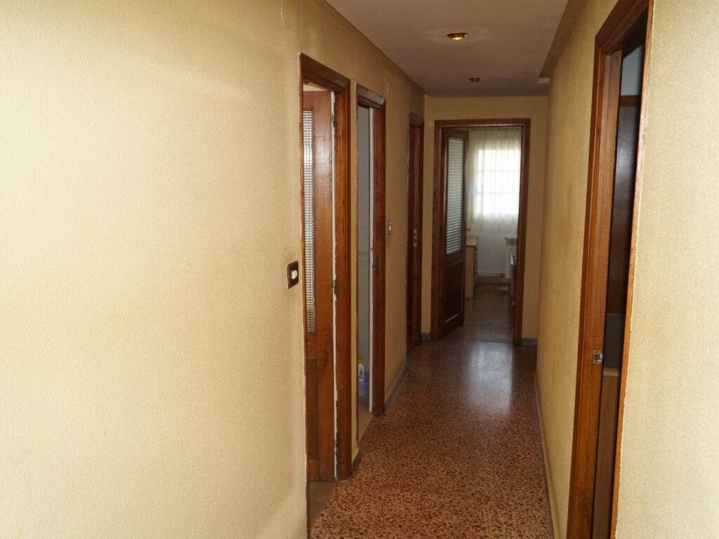 Piso de 6 dormitorios, San Roque