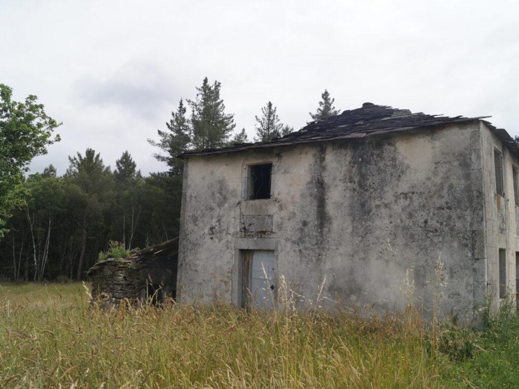Casa de piedra, Devesa- Friol