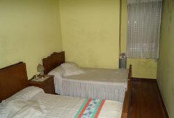 Casa adosada de 4 dormitorios, Rúa Cedro